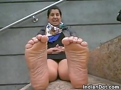 Indian Girl Shows Off Her Cute Feet